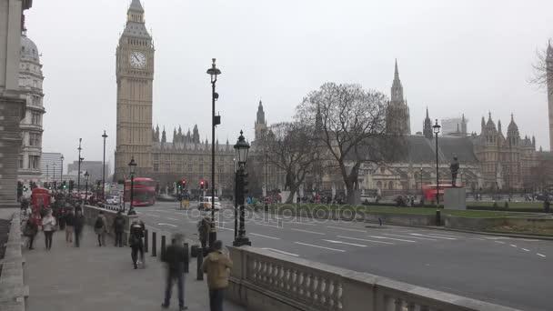 Časová prodleva. Historická budova - Westminsterský palác.