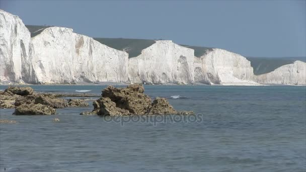 Seaford. White cliffs of the Seven Sisters.