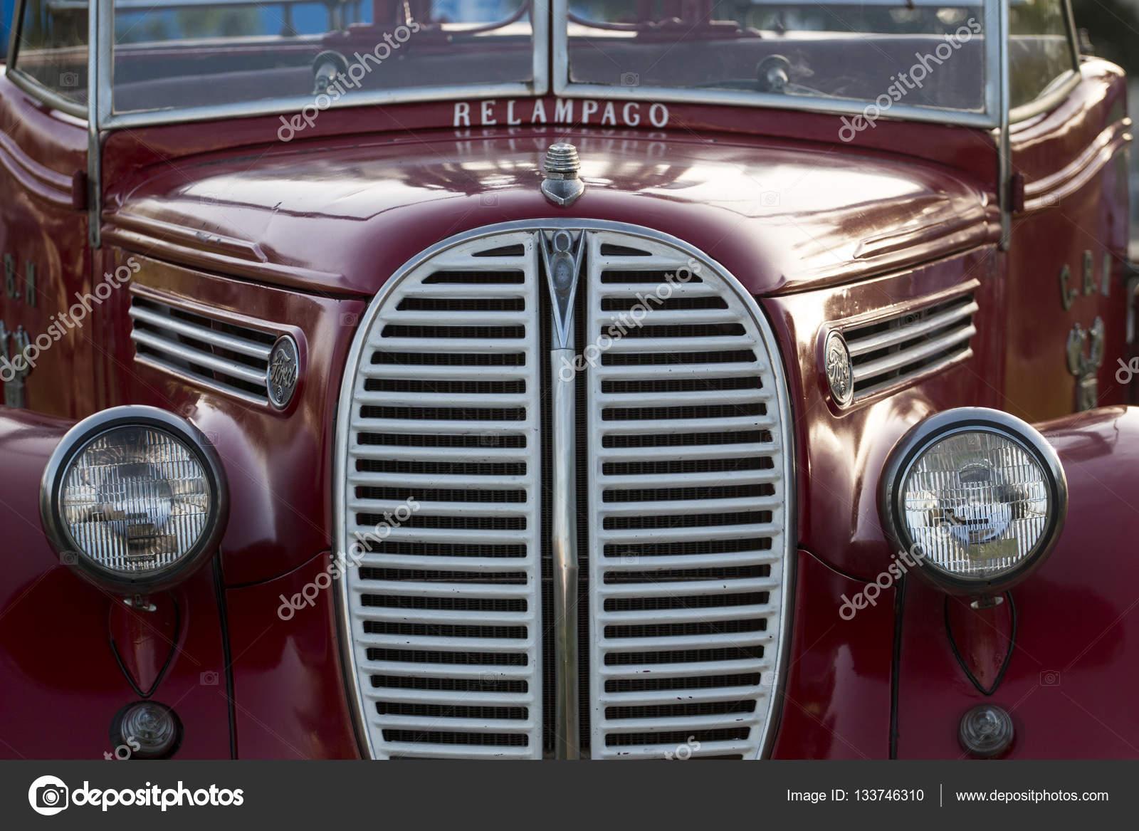 Veiculos Classicos Exposicao Fotografia De Stock Editorial C Membio 133746310