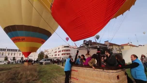 Palloni Ad Aria Calda.Ascensione Di Palloni Ad Aria Calda Video Stock C Membio 137381960