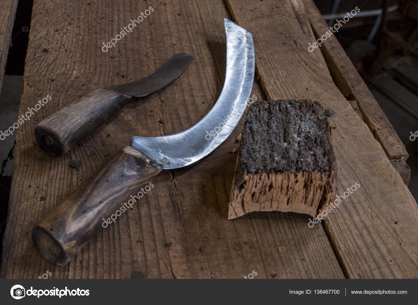messer werkzeuge zum schneiden von kork — stockfoto © membio #138467700