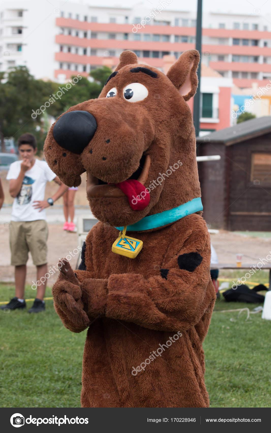 Scooby Doo costume — Redaktionelles Stockfoto © membio #170228946