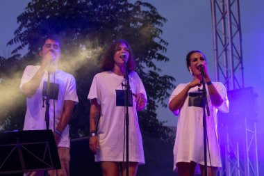 Perigo Publico performing on Music Festival