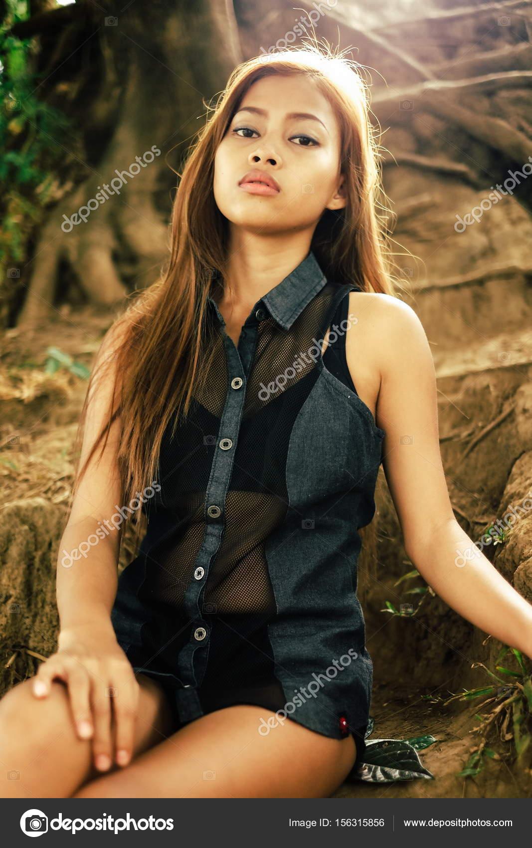 Asian babe wallpaper