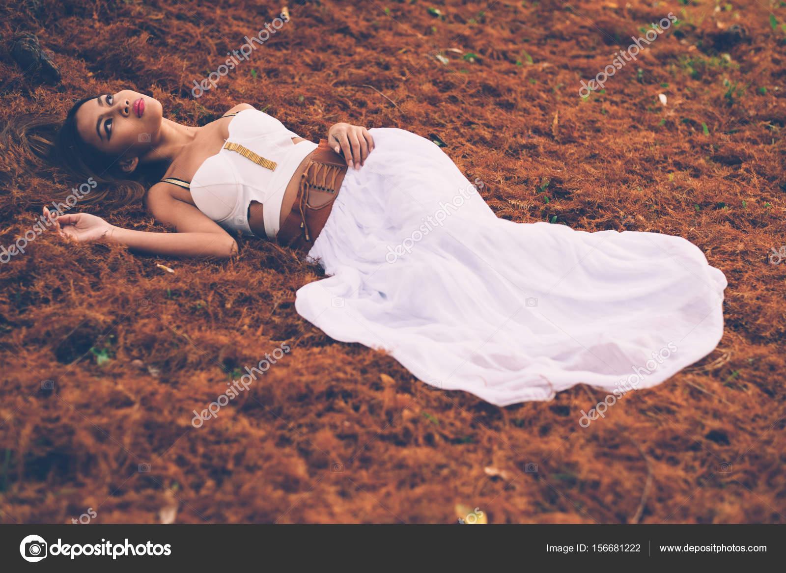 Boden kleid schwan