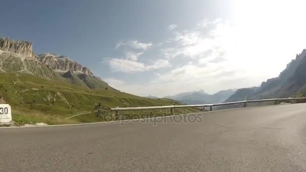 Mountain Pass Pordoi, Alpy Dolomity, Itálie
