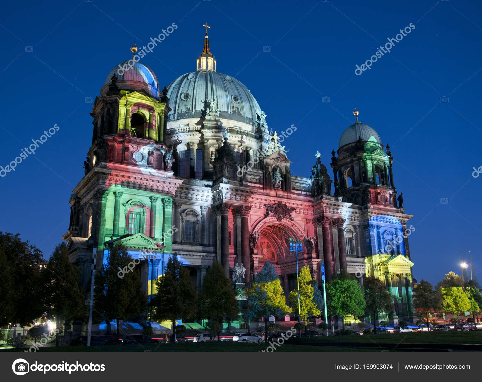 Berliner Dom Berliner Dom Beim Festival Of Lights In Berlin