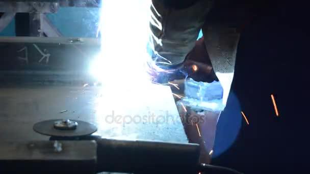 Průmyslové svářeč