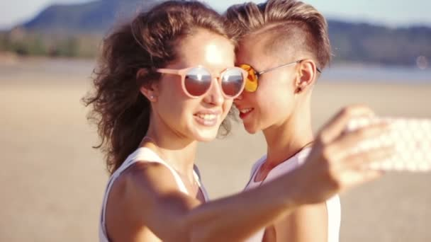 Very young lesbians videos