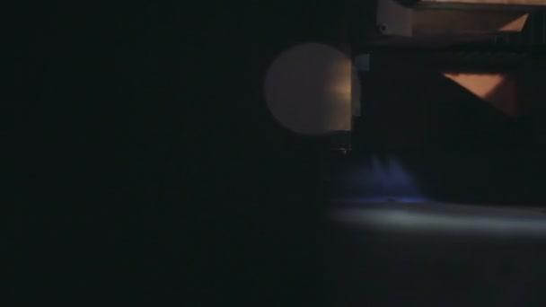 Laser kov soustruh jiskry. Closeup