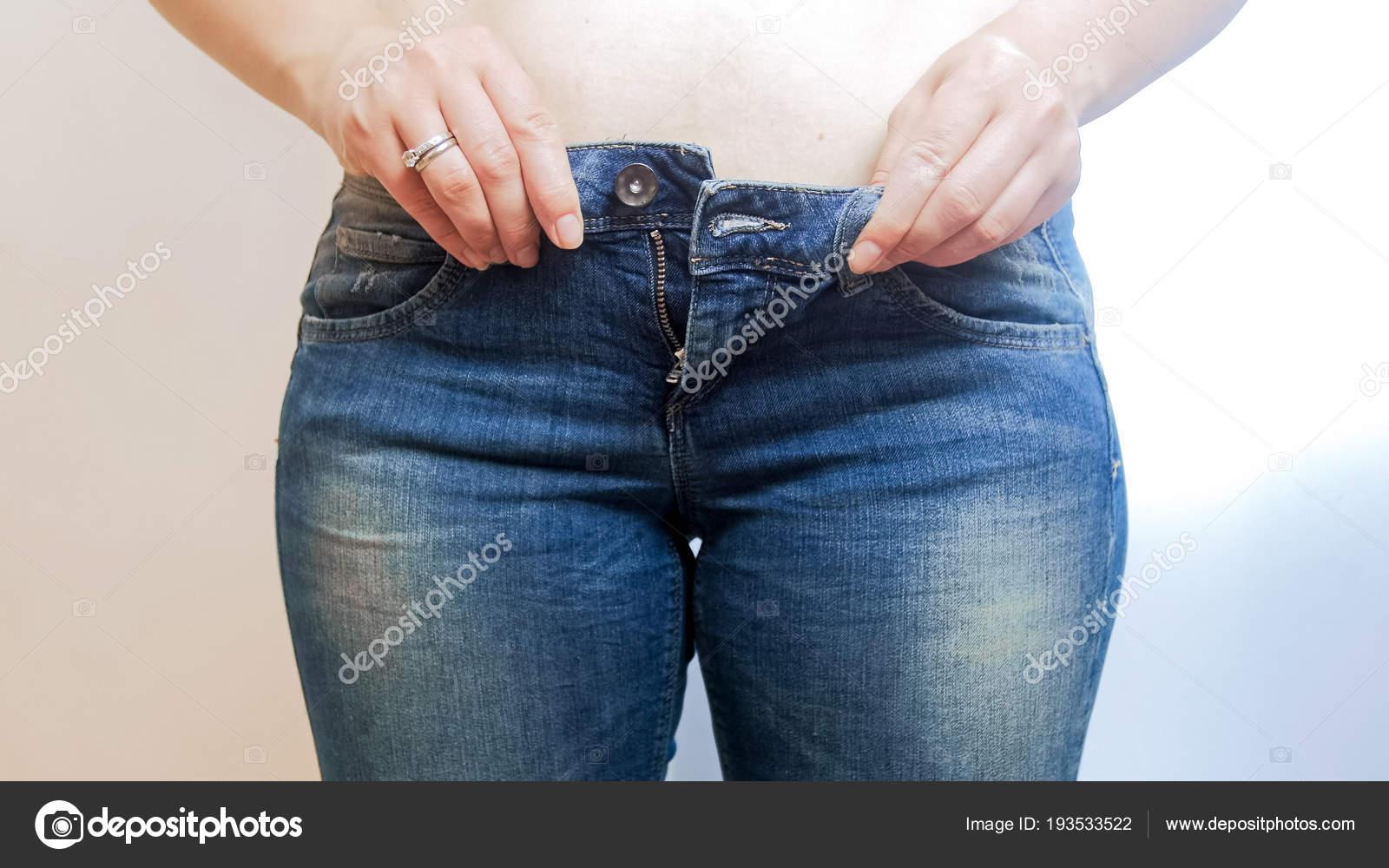 Лекси белл девушки в джинсах обтягивающих фото крупным планом позы балерин фото