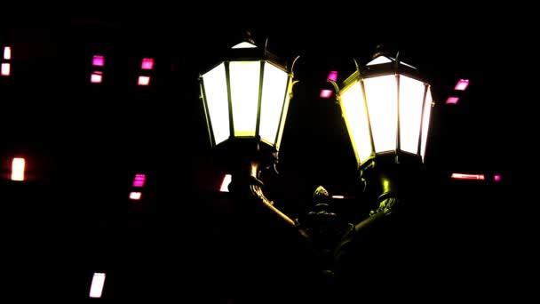 alte Straßenlaternen von buenos aires bei Nacht