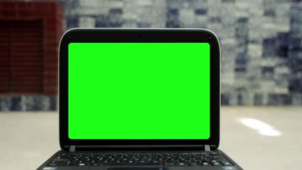 Nagyítson rá a zöld képernyő Laptop
