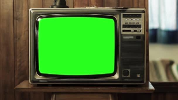 80s televize se zeleným plátnem. Chcete vyměnit fabion se záběry nebo obrázek.
