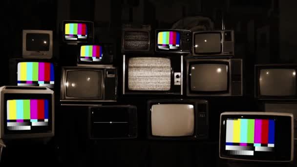 Színes rácsok Retro TV-n. Multi képernyő. Sepia Tone vagyok. Közelíts rá!.