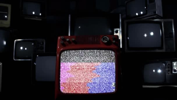 Stacked Vintage Television Bad Signal és Color Bars készülékekkel. Kék Sötét Tone. Közelíts rá!.
