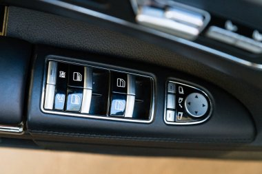 Interior (Designo) of used Mercedes-Benz S-Class S350 long (W221