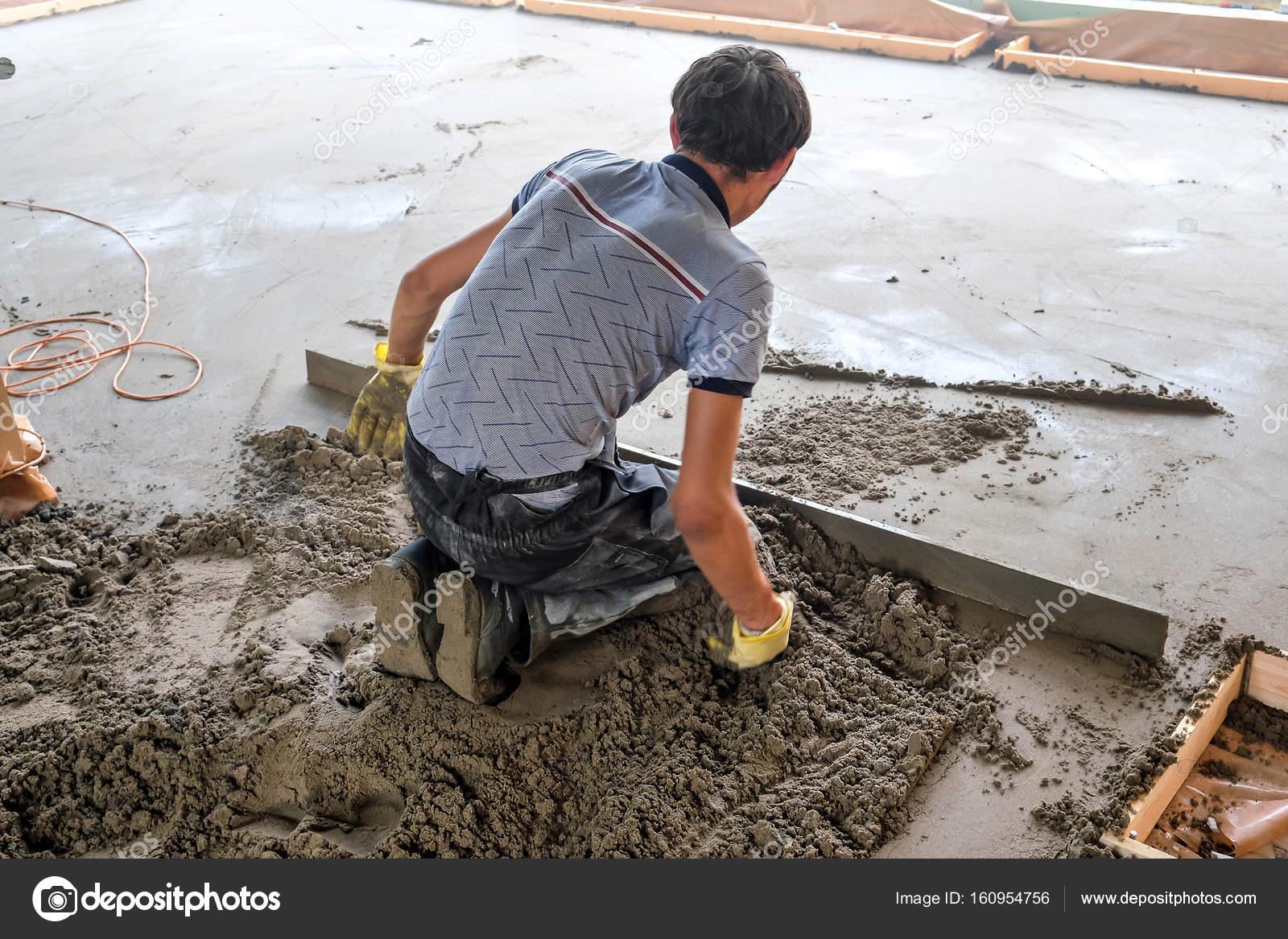 Der Betonboden Giessen Stockfoto C Seroma 72 Mail Ru 160954756