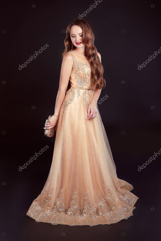 Imágenes Vestidos Dorados Largos Atractiva Mujer Morena