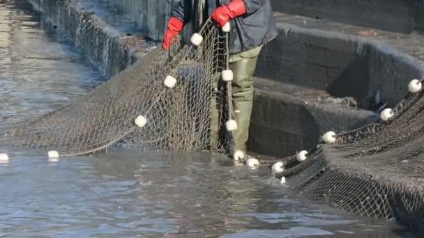 Rybáři úlovky ryb síť