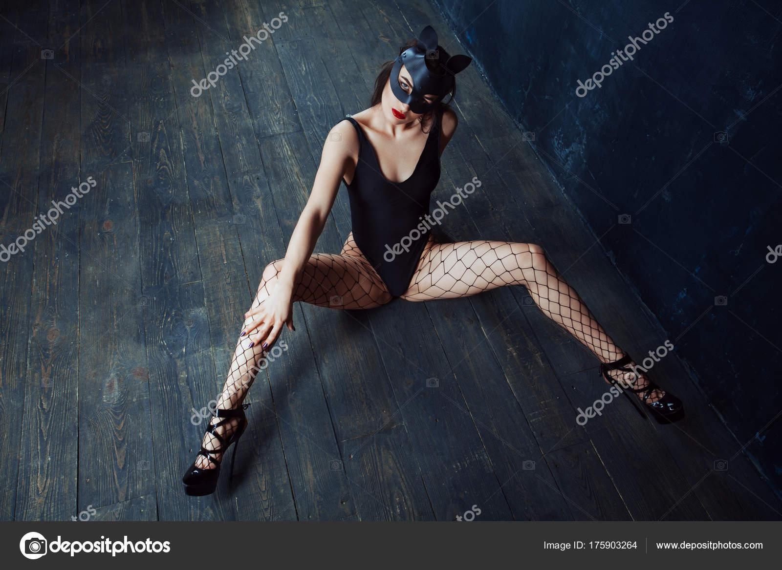 Картинки красивых ног бдсм