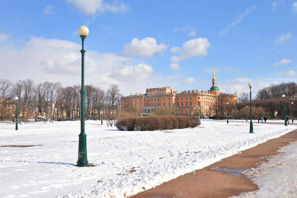 The Mikhailovsky Castle and Field of Mars.
