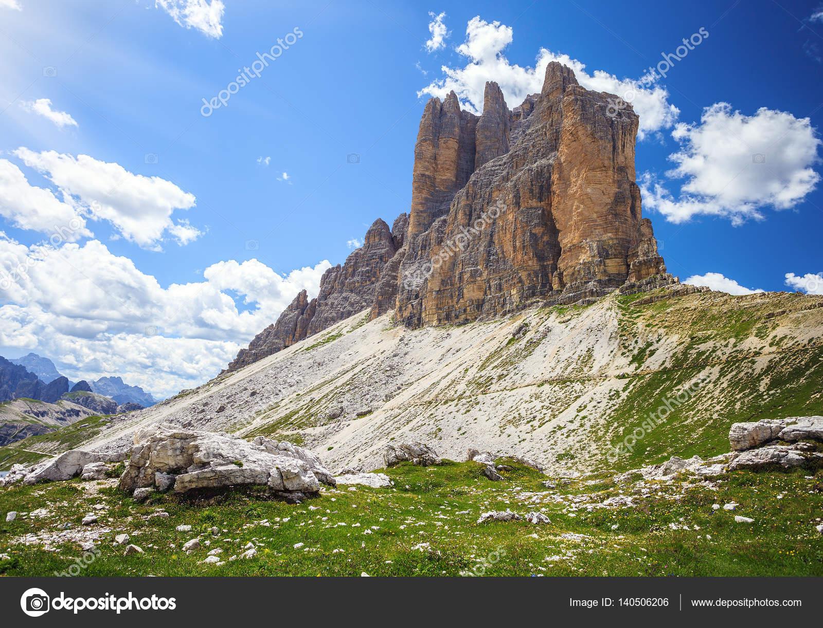 Tre Cime di Lavaredo - Amazing Mountains in Alps — Φωτογραφία ...