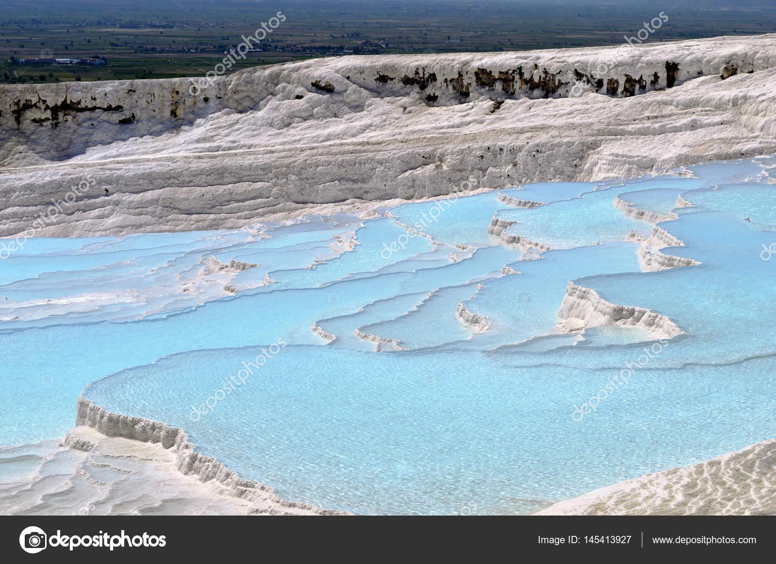 Terrazas Naturales De Aguas Termales En Turquía Foto De