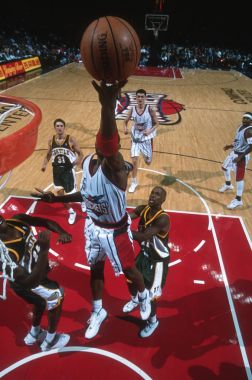 NBA BASKETBALL GAME ACTION OVERHEAD VIEW