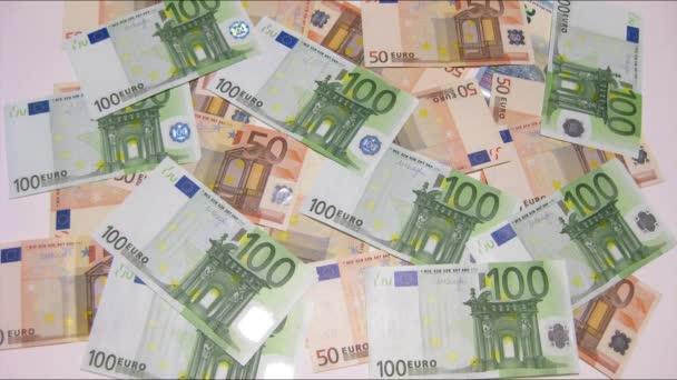 Eurobankovky mizí bílé pozadí