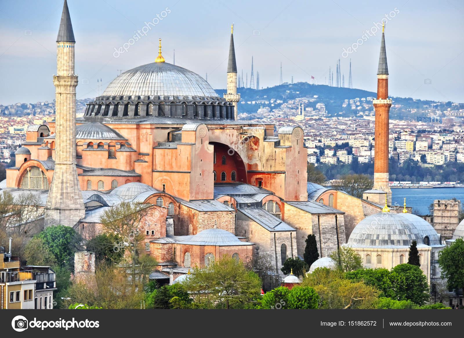 トルコ、イスタンブールのアヤソフィア博物館 (アヤソフィア聞く) — ストック写真