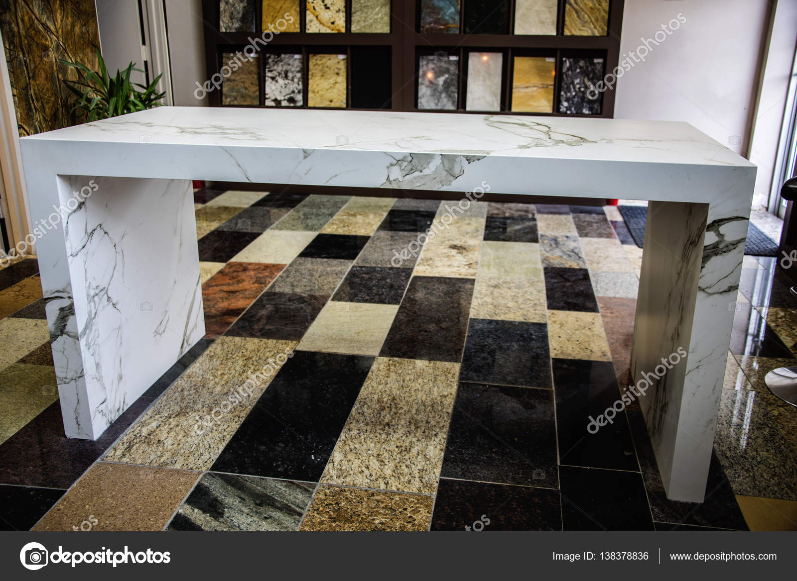 Remodeled Display Room With Granite, Marble, Quartz Countertops U2014 Stock  Photo