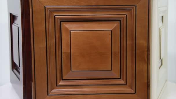 Kuchyňské dveře moderní styl a kuchyňské linky dveře barvy interiéru