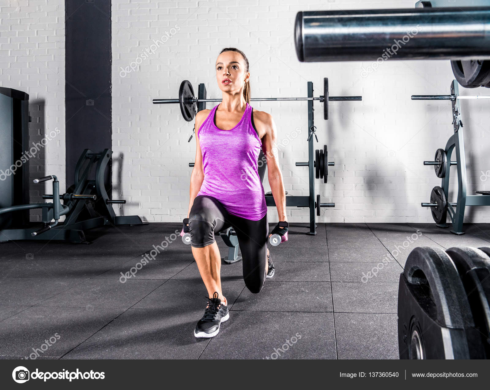 фото полуобнаженные спортсменки тренируются