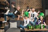 Fotografie St Patricks Tag feiern Freunde