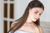 Fotografia bella donna adulta giovane indoeuropeo