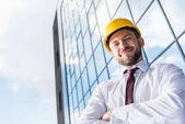 Professionelle Architekten im harten Hut