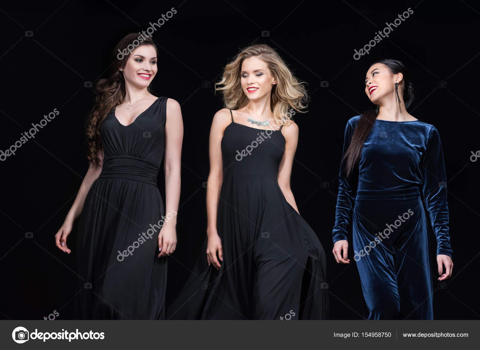 540aae583f13 Γυναικών κομψό Μάξι φορέματα — Φωτογραφία Αρχείου © TarasMalyarevich ...