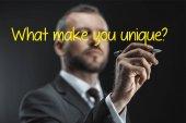 kaukázusi üzletember tollal írás kreatív idézet