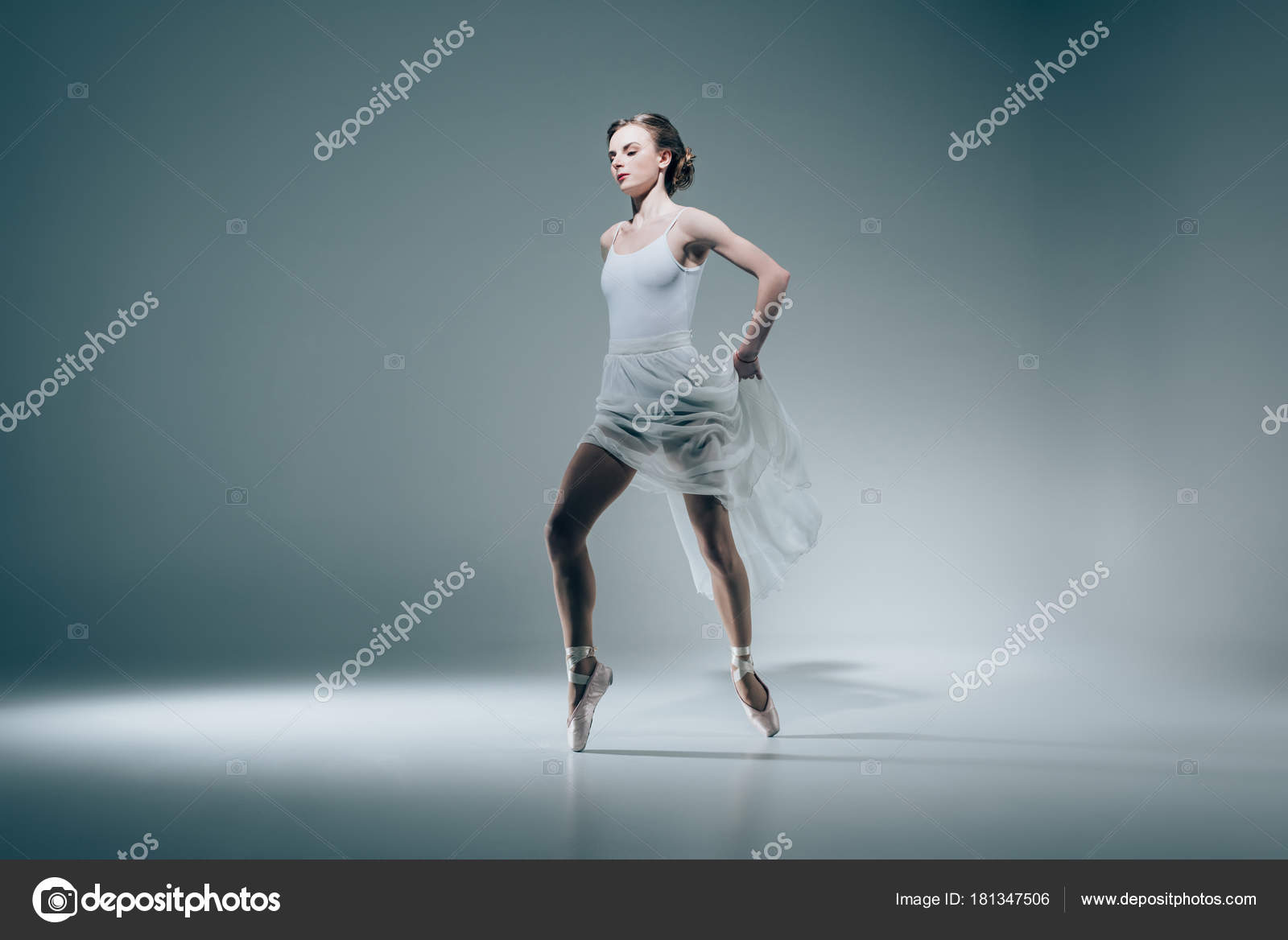 Картинка танцующей девочки