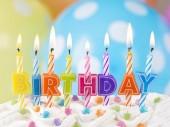 Fotografie Barevné svíčky k narozeninám
