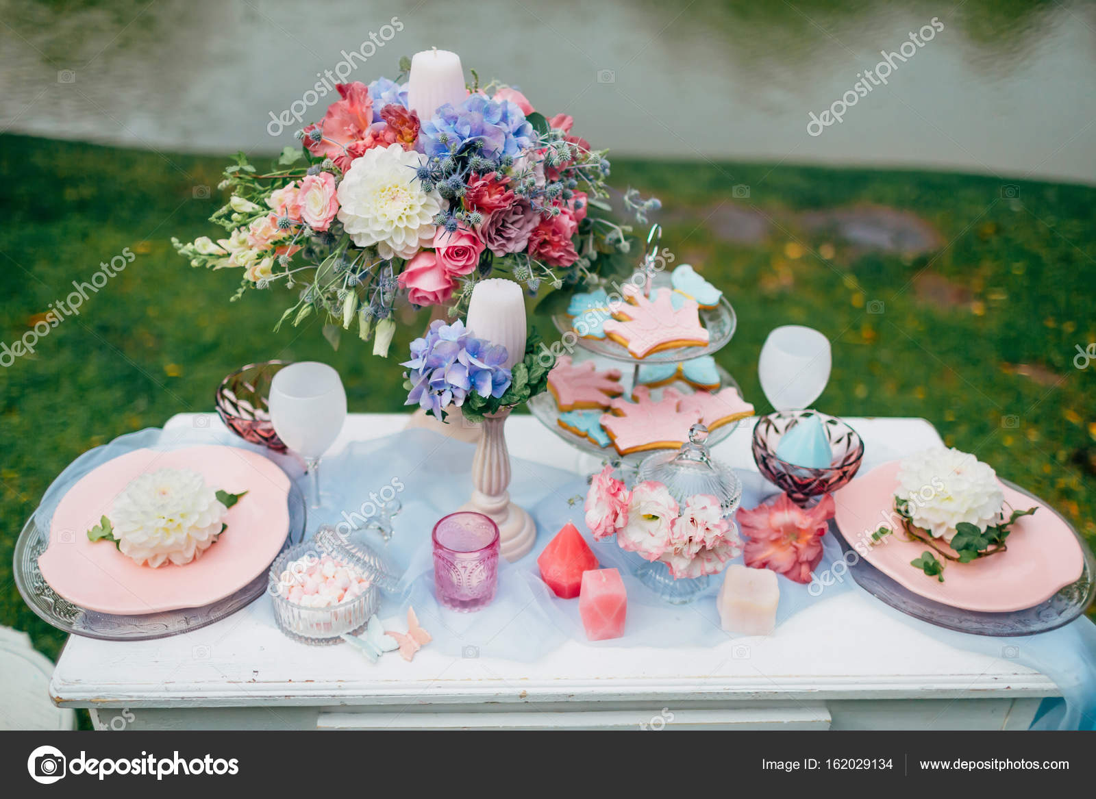 Wedding decoration in the style of boho floral arrangement wedding decoration in the style of boho floral arrangement decorated table in the garden junglespirit Image collections