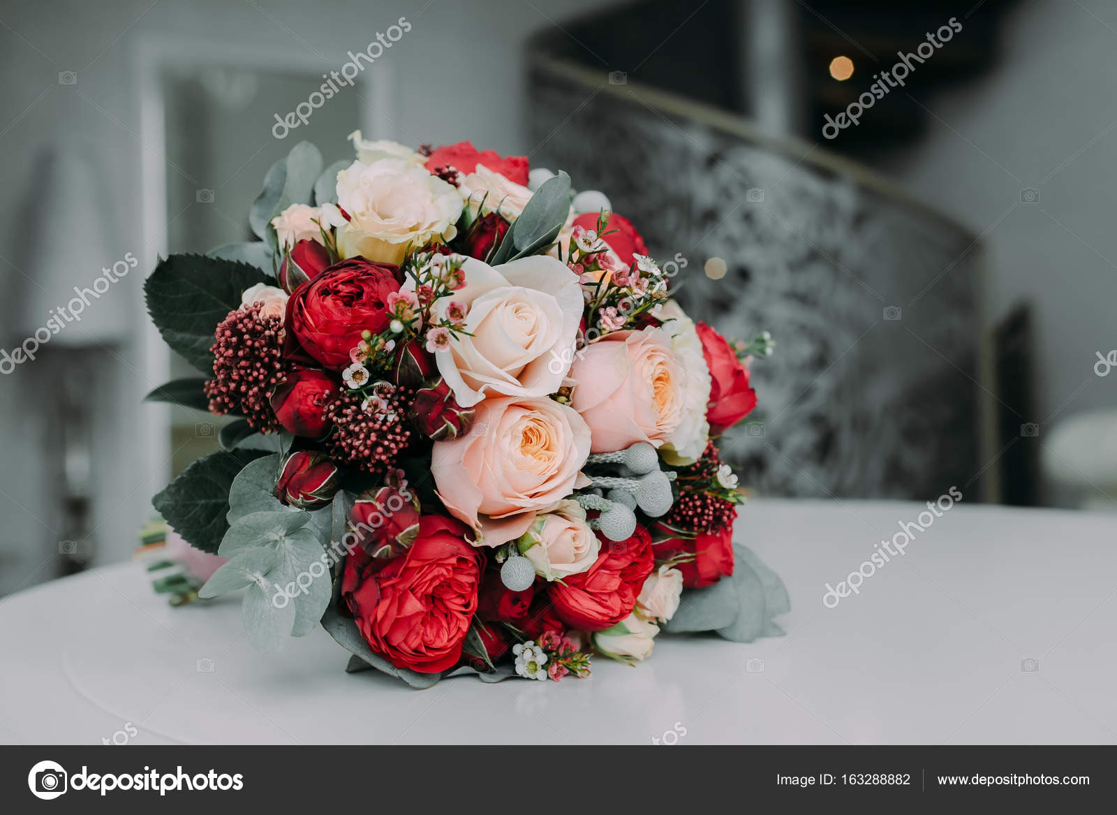 Невесты стиле пионы красные букет невесты сиреневых тюльпанов цветы