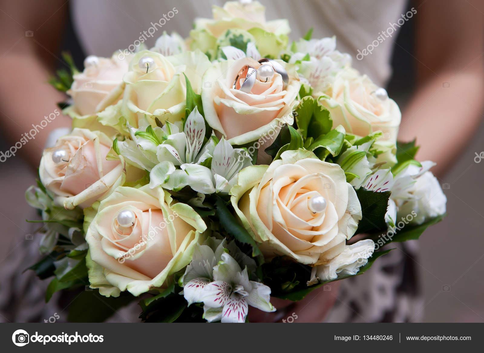 Hochzeit Dekoration Blumen Braut Stockfoto Lelik83 134480246