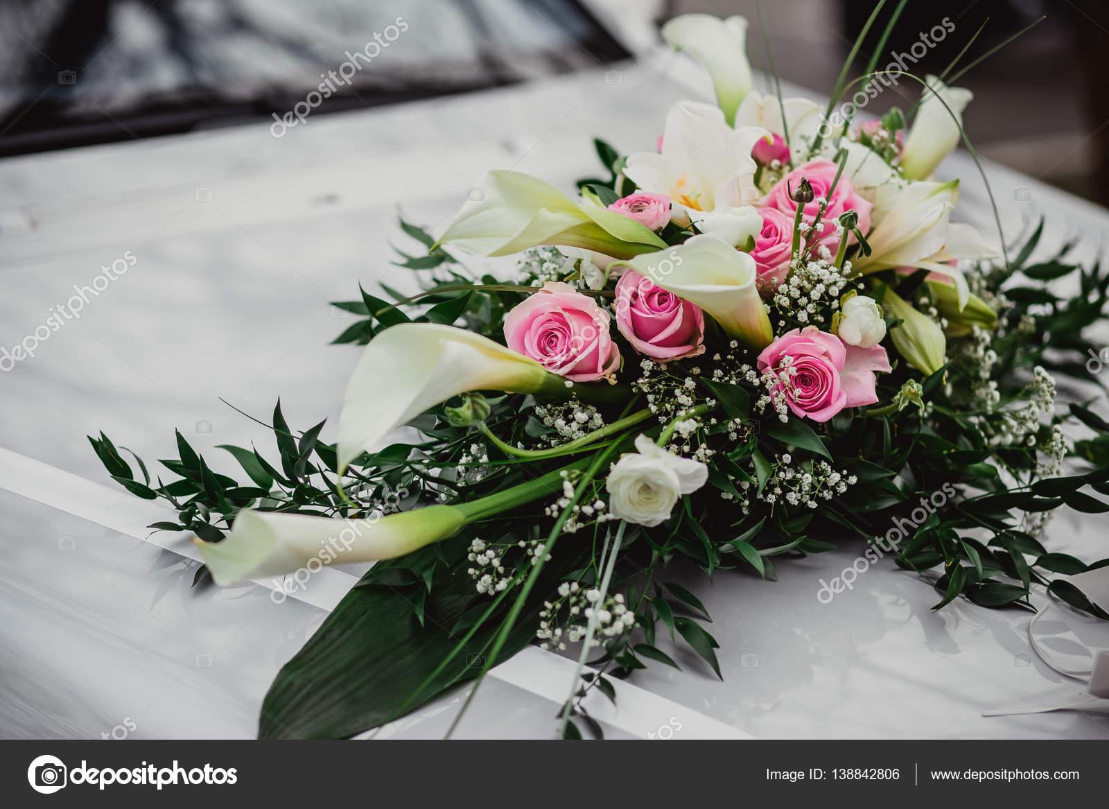 Blumen Hochzeit Braut Auto Stockfoto C Lelik83 138842806