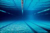 Fotografie podvodní obrázek prázdný bazén