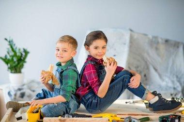 Kids eating in workshop