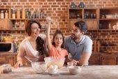 Fotografie rodina, společné vaření