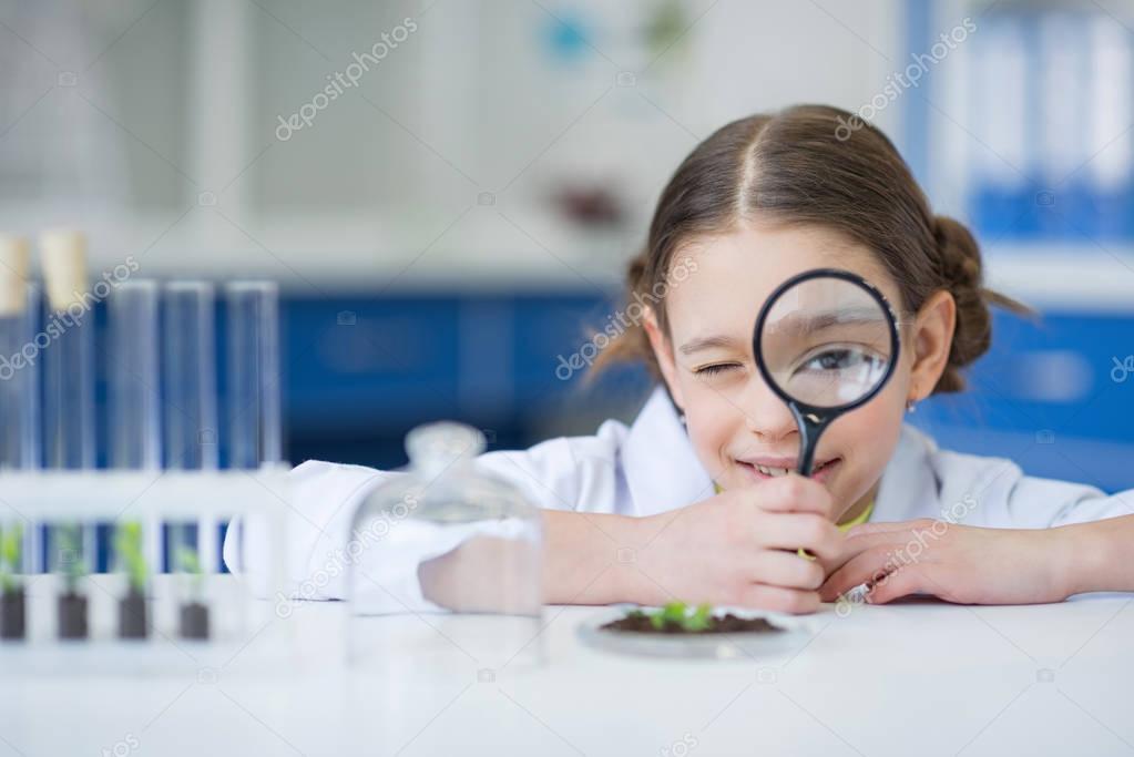 Little girl scientist