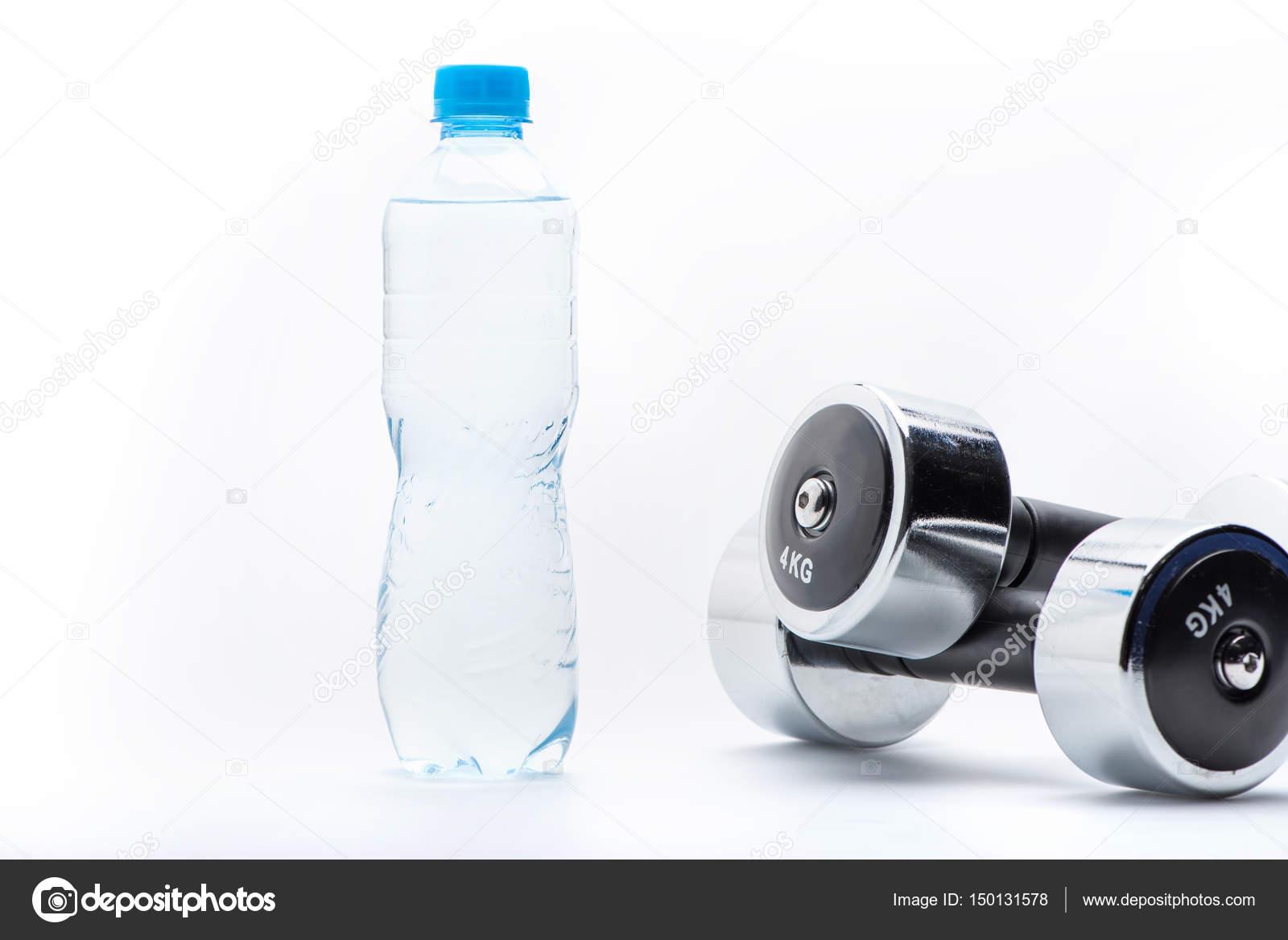Обои Вода, бутылка, гантели, яблоки. Спорт foto 16